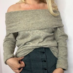 Aritzia Wilfred Free Off the Shoulder Wool Sweater